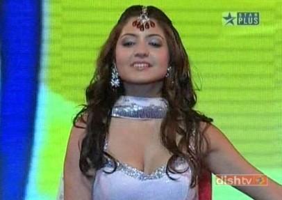 Anushka Sharma (2)
