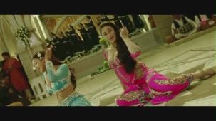 Dil Mera Muft Ka Full Song Agent Vinod Kareena Kapoor[19-42-05]