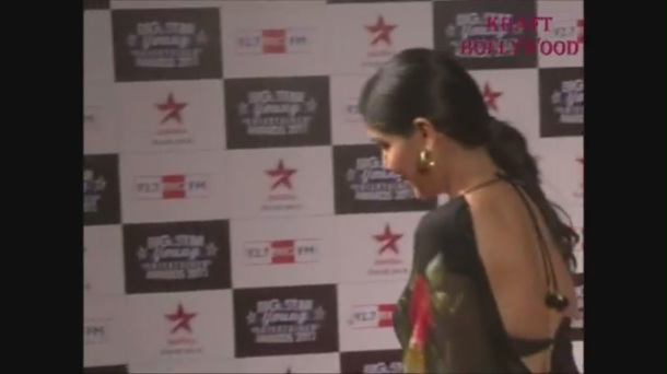 Hot Sakshi Tanwar in Open Back Black Blouse - YouTube[19-17-24]
