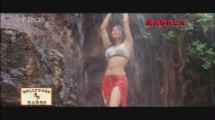 Sexy Urmila all wet - Daud - YouTube[(000758)21-00-13]
