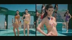 Fashion - Mugdha Godse's Bikini Ramp Walk HD - YouTube(2)[(001167)20-41-20]