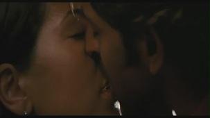 Hrithik Roshan Barbara Mori Hot Kiss -Kites -[(001216)19-40-21]