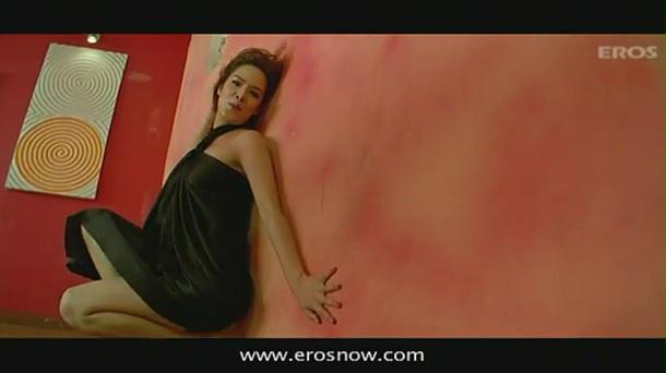Hungama Ho Gaya (Full Song) - Diary Of A Butterfly - YouTube(4)[(003245)19-43-57]