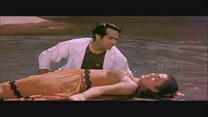 Mandakini and Karan Shah Kissing Scene - Apne Apne - Bollywood Steamy Kiss - YouTube[(000120)20-22-01]