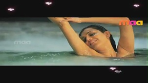 Dream Girls _ Kajal Agarwal - YouTube(2)[(002925)20-39-38]