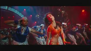 Halkat Jawani - Heroine Exclusive HD New Full Song Video feat. Kareena Kapoor - YouTube[(000501)19-14-27]