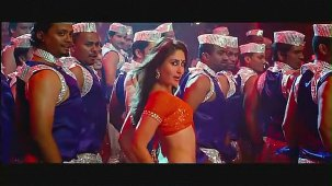 Halkat Jawani - Heroine Exclusive HD New Full Song Video feat. Kareena Kapoor - YouTube[(001242)19-15-31]