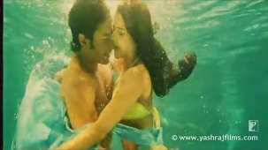 Lazy Lamhe - Song - Thoda Pyaar Thoda Magic - YouTube[(001673)14-02-39]