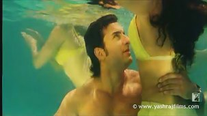 Lazy Lamhe - Song - Thoda Pyaar Thoda Magic - YouTube[(003110)14-04-25]