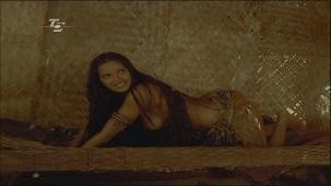 Padma Lakshm Topless Scene[(003402)19-45-19]