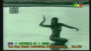 Padma Laxmi Nude Photoshoot[(000124)19-59-29]