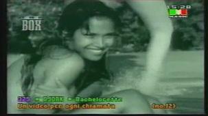 Padma Laxmi Nude Photoshoot[(000529)20-01-01]