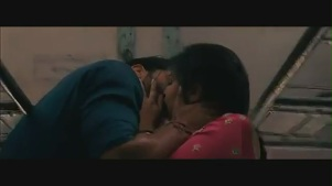 Parineeti Chopra kiss & sex scene[(002088)19-02-51]