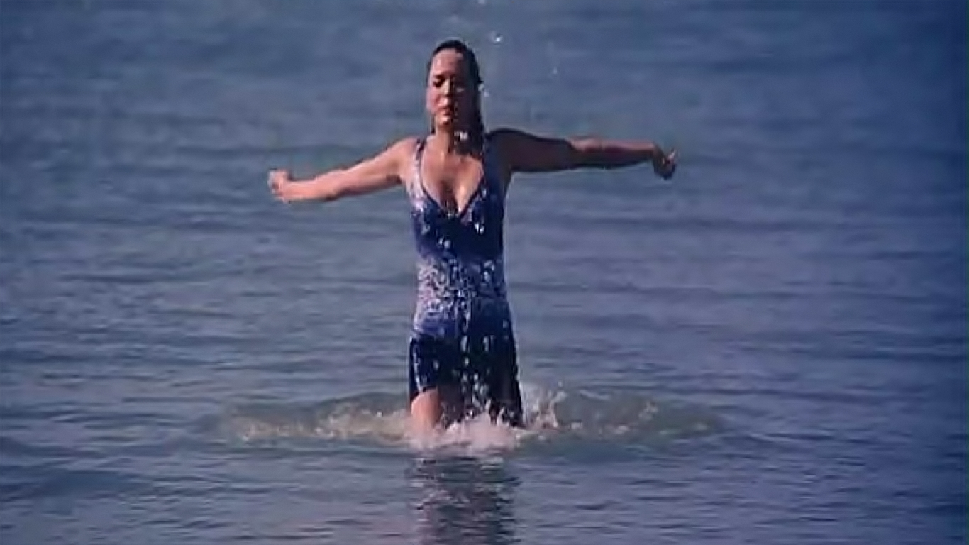 Udita Goswami In Aksar Udita Goswami | Sexy B...