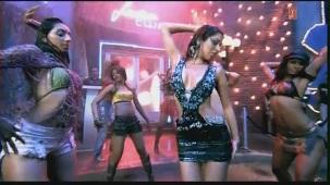 Ek Pardesi Mera Dil Le Gaya Remix (Full HD Video Song) Ft. Hot Sophie Chaudhary - YouTube[(002627)21-01-10]