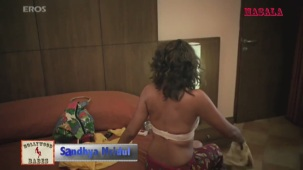 Hot Sandhya Mridul changing clothes - The Great Indian Butterfly - YouTube(3)[20-46-31]