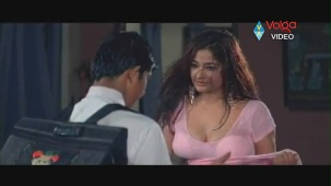 Kiran Rathod Sexy big Boob Show On Wet Saree From High School - YouTube(3)[(005750)19-58-16]