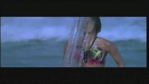Priyanka Chopra hot in bikini Aitraaz - YouTube(2)[21-17-20]
