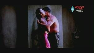 Raatri Songs - Cheli Pedavipai - Sayaji Shinde Preeti Mehra - Hot songs - YouTube[(000652)20-14-21]
