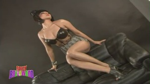 Sexiest Photoshoot Of Veena Malik!!! - YouTube(2)[(000301)20-10-14]