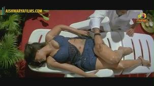 Srikanth massaging Mumaith Khan(2)[(000945)19-53-43]