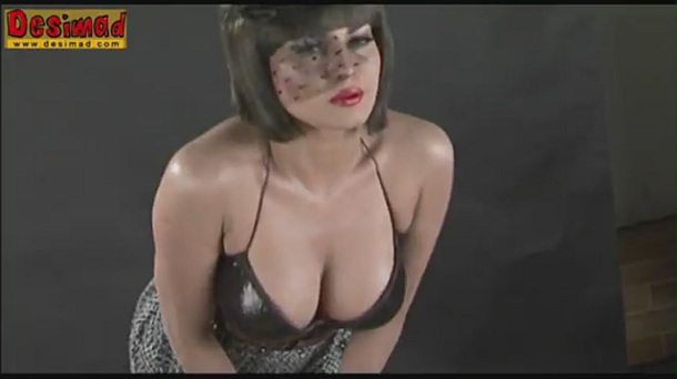 Veena Malik's Get's Dirty in Photoshoot for Supermodel - YouTube[(002569)20-30-47]