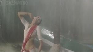 1982 Namak Halaal Aaj Rapat Jaayen To sub 720p - YouTube(2)[21-14-25]