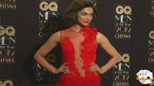 Deepika Padukone in Transparent laced Dress - YouTube(2)[(000268)19-57-47]