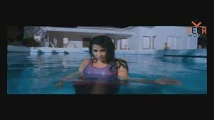Gayathri in Gola Gola Film (Full Song) - YouTube[(000779)19-48-11]