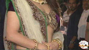 Krishika Lulla in Loose Blouse at Saif Kareena's Engagment - YouTube[(000564)20-44-43]