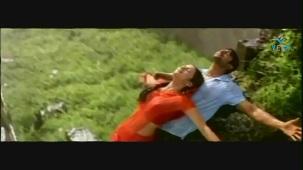 Mellagaa - Trisha Rain Song From Varsham Video Song HQ - YouTube[(002653)19-32-44]