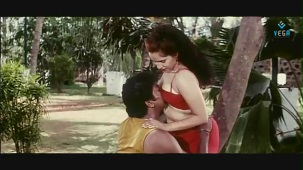 reshma-Back to Back Romantic Video Clip -1 - YouTube[(001842)19-57-44]