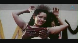 reshma-Back to Back Romantic Video Clip -1 - YouTube(2)[(003502)19-59-54]