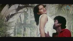 reshma-Back to Back Romantic Video Clip -1 - YouTube(4)[(014194)20-05-32]
