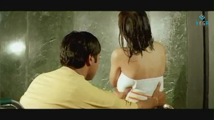 Swapnam-Back To Back Romantic Clip-2 - YouTube[(003535)19-30-11]