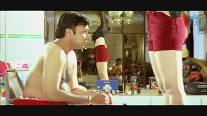 Swapnam-Back To Back Romantic Clip-2 - YouTube[(012320)19-40-17]