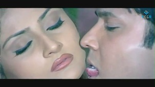 Swapnam-Back To Back Romantic Clip-3 - YouTube[(001583)20-10-55]