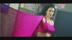 Aakasamlo Sagam Songs - yedhoga Vundi - Mayuri - YouTube[(000368)19-30-54]