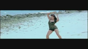 Jagan - Veera Mahaveera song - idlebrain.com - YouTube[(000452)20-17-10]