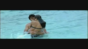 Jagan - Veera Mahaveera song - idlebrain.com - YouTube[(000708)20-17-32]