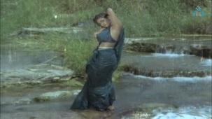 Na Oohala (Paaripoyina Kaidilu) - Silk Smitha - YouTube[21-16-48]