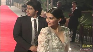 Sonam Kapoor Deep V Neck Dress at JTHJ Priemere - YouTube[(002971)20-32-20]