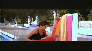 Sridevi In Sexy Bikni From Flim Karma - YouTube(2)[(000298)21-52-49]