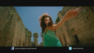 Be Intehaan - Race 2 - Official Song Video_ Saif Ali Khan & Deepika Padukone - YouTube(2)[20-29-49]