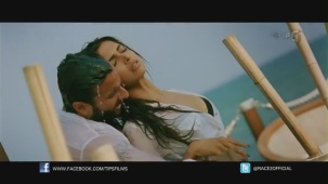 Be Intehaan - Race 2 - Official Song Video_ Saif Ali Khan & Deepika Padukone - YouTube(2)[20-31-04]