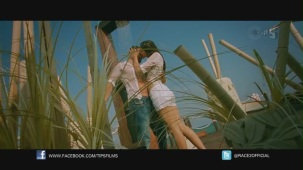 Be Intehaan - Race 2 - Official Song Video_ Saif Ali Khan & Deepika Padukone - YouTube(2)[20-37-15]