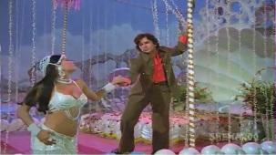 Chanchal Sheetal Nirmal - Shashi Kapoor - Zeenat Aman - Satyam Shivam Sundaram - Old Songs - YouTube[(005447)21-12-49]
