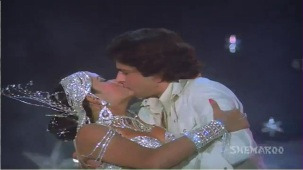 Chanchal Sheetal Nirmal - Shashi Kapoor - Zeenat Aman - Satyam Shivam Sundaram - Old Songs - YouTube[(009060)21-17-32]