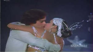 Chanchal Sheetal Nirmal - Shashi Kapoor - Zeenat Aman - Satyam Shivam Sundaram - Old Songs - YouTube[(009114)21-17-44]