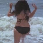 Feroz Khan, Mumtaz, Apradh - Bikini Scene 9_16 - YouTube(3)[20-10-15]